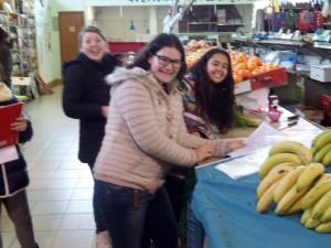 2015-02-04 1r ESO dimecres al mercat (6)
