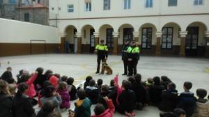 2015-02-27 Gossos policia (12)