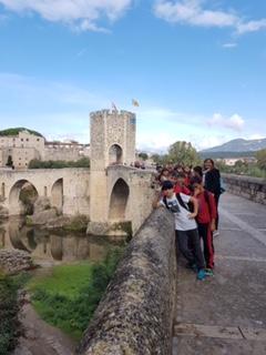 Excursió a Besalú de 5è i 6è Primària